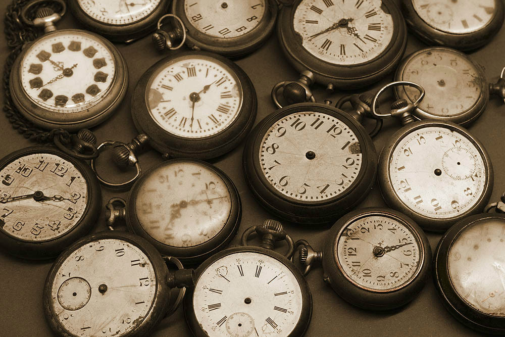 http://iimagelibrary1.advisorproducts.com/images/igallery/original/1801-1900/calendars_clocks__1049_-1821.jpg