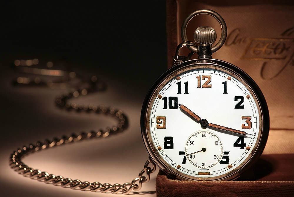 http://iimagelibrary1.advisorproducts.com/images/igallery/original/1801-1900/calendars_clocks__1061_-1833.jpg